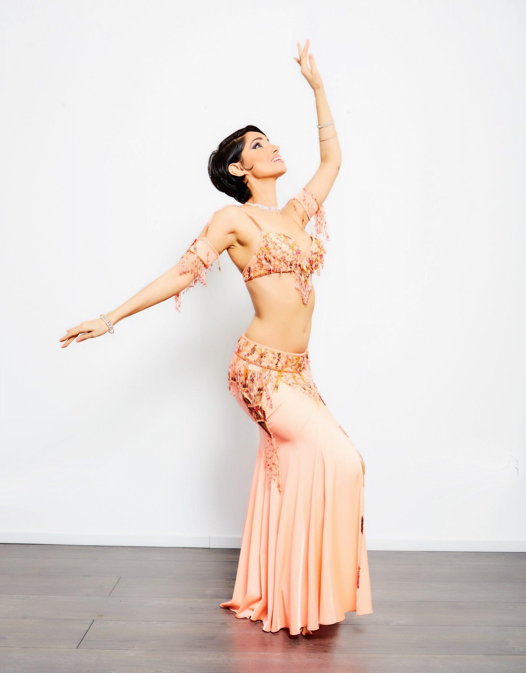 Klassisch Ägyptischer Orientalischer Tanz mit Fadima Jones